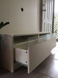 Tv cabinet Griffin Pine Rivers Area Preview