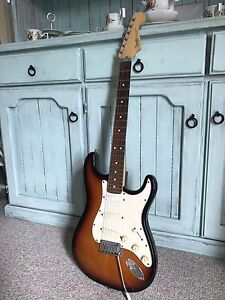 Fender Stratocaster Plus 1991 Canton Beach Wyong Area Preview
