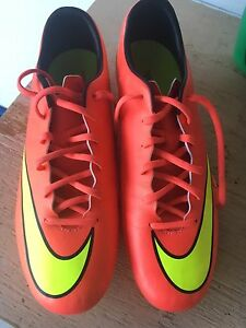 Size 11 Nike Mercurial Victory X FG***NEVER WORN