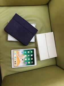 Apple iPad Air 2 Gold 64GB Belkin Case