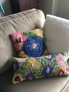 Rug hooking Pillows Deanne Fitzpatrick Pattern