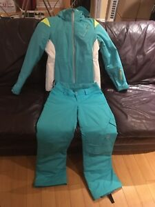 Spyder ski jacket and pants Size 4