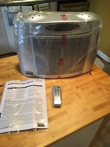 Daytona air purifier brand new . With remote