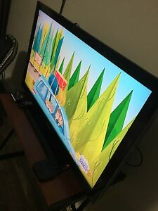 "Samsung 40""  LCD HDTV with 1080p Resolution"