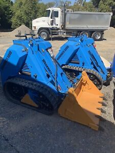 mini digger hire in Hastings 3915, VIC   Landscaping & Gardening