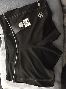 Size med nwt shorts