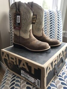 Brand new Ariat Fatbaby western boots