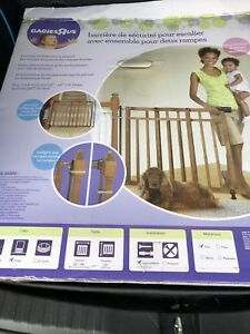 Babies'R'Us Banister & Stair Gate - no drilling !