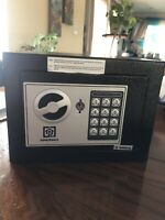Electronic Digital Safe   Brand New  $40.00