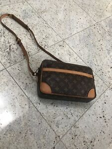 Authentic Louis Vuitton Purse/Bag