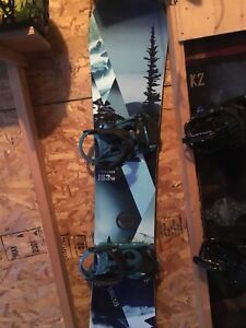 Snowboard and bindings brand new