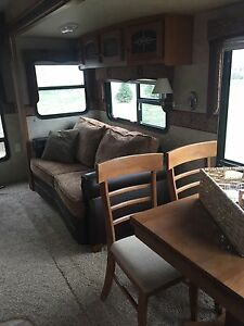 2010 Palomino Sabre REDS-6 Fifth wheel