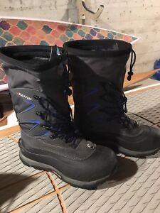 Baffin Men's Snow Boots Size 9