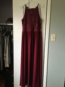Burgundy formal gown size 18-20