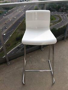 2 IKEA plastic bar stools (Glenn)
