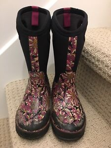 Girls Bog boots