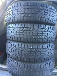 4-215/70R16 Firestone Winter-force