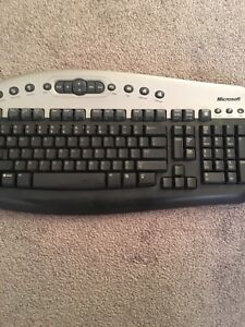Microsoft Keyboard in Excellent Working Condition