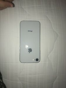 iPhone 8 white 64gb UNLOCKED