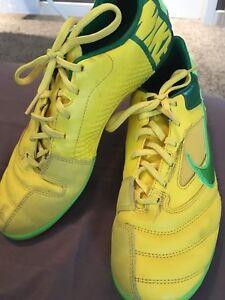 Women's indoor soccer shoes size 8.5