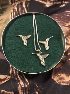Humming bird necklace and earrings