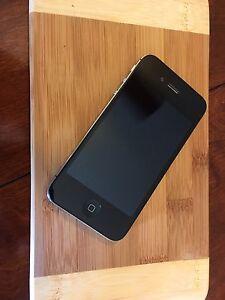 Iphone 4S 16 Gigs Telus/Koodo