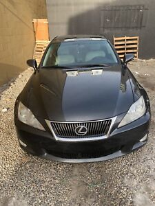 Lexus IS 250 AWD 2010 Active !!! [ CarFax]