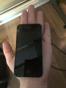 iPhone 4s For parts/maybe works?