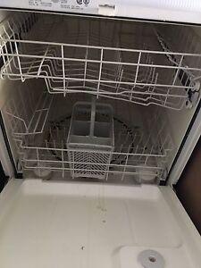 Dishwasher for sale 100 OBo