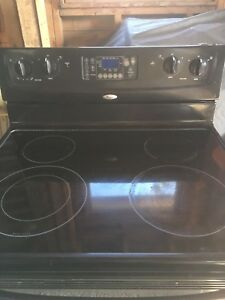 Whirlpool Kitchen stove