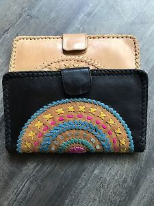 Travel wallets Bonogin Gold Coast South Preview