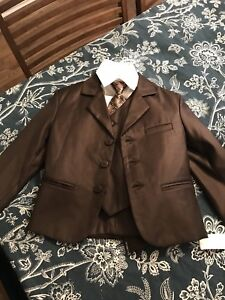 Boys size 4 brown 5 piece suit- brand new