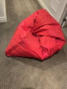 Bean Bag Sumo for sale. Foldable great for condos