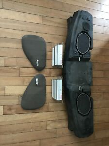 Good condition 94-04 complete 460 Mach audio system mustang