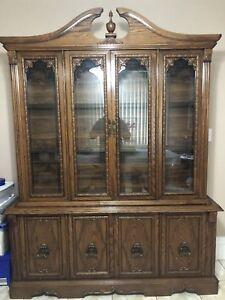 Selling China cabinet set!