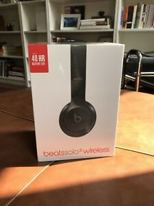 Beats solo 3 wireless - BRAND NEW NEVER OPENED