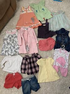 Baby girl clothes lot (60 pieces)
