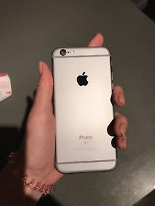 UNLOCKED IPHONE 6S 16 GB IN GREAT CONDITION