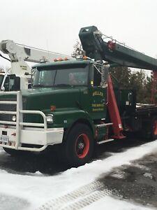 1995 Volvo Crane boom truck