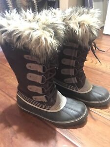 Women's Joan of Arctic Winter Boots