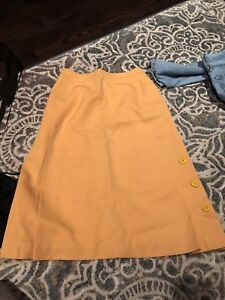 High waisted Vintage yellow skirt size Xs or 0