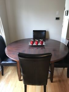 """60"""" Round Dining Room Table for Sale"""