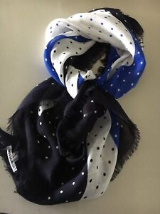 COUNTRY ROAD  SCARF NEW West End Brisbane South West Preview