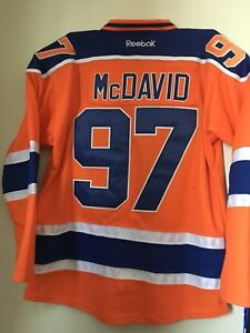 McDavid Oilers Large Jersey