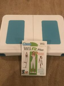 Nintendo Wii Balance board with Wii Fit Plus game