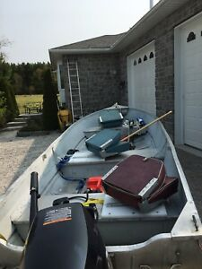 14' aluminum boat with trailer and new motor