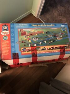 Thomas and friends ultimate set