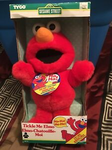 HO! HO! HO! Tickle Me Elmo: MIB $200