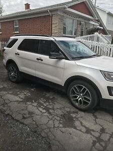 Ford explorer sport full load  ecoboost