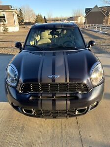 2012 Mini Cooper Countryman **mint and loaded**